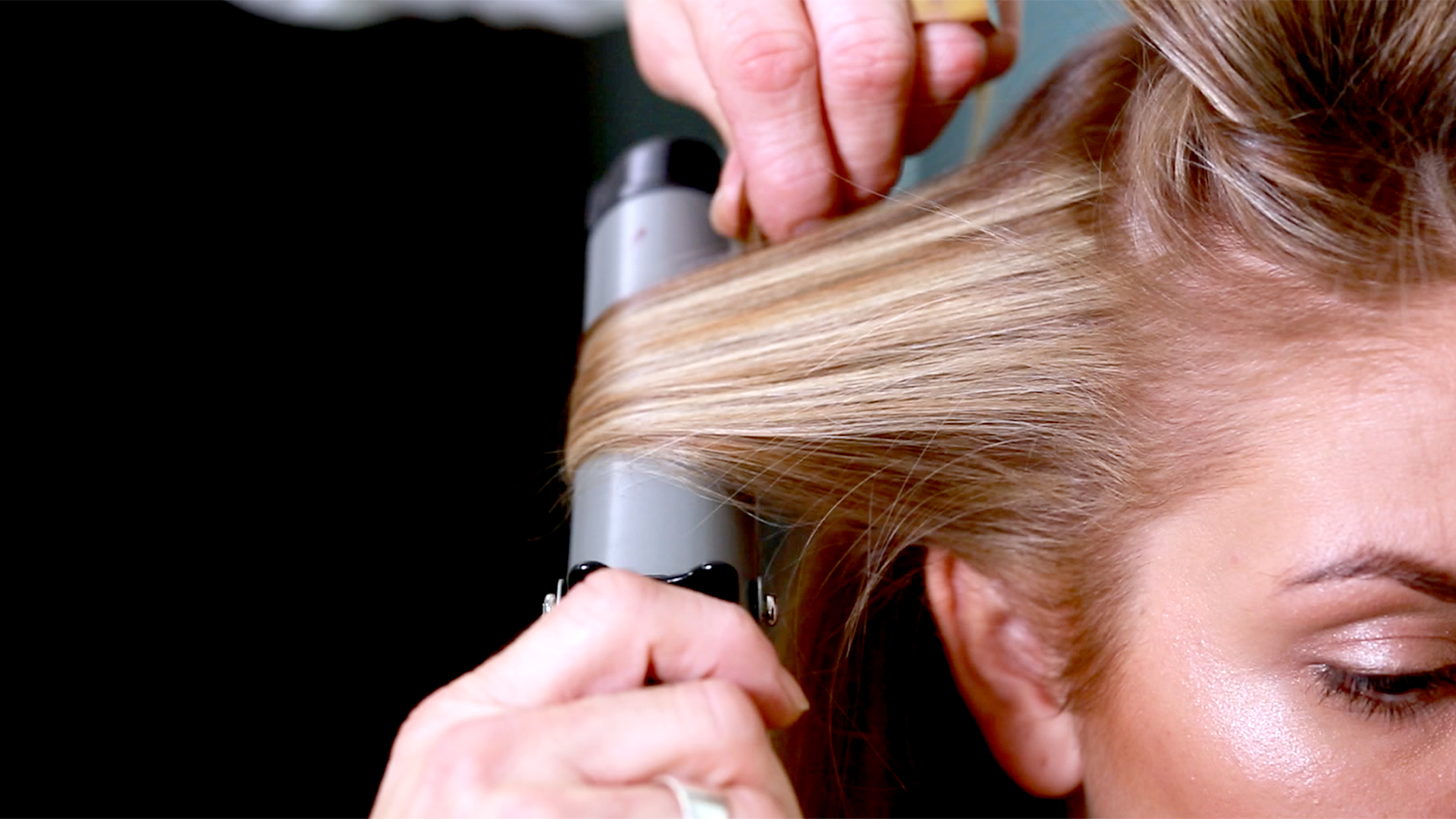 Sofia Richie Haircut Kitchen Shears Lookbook
