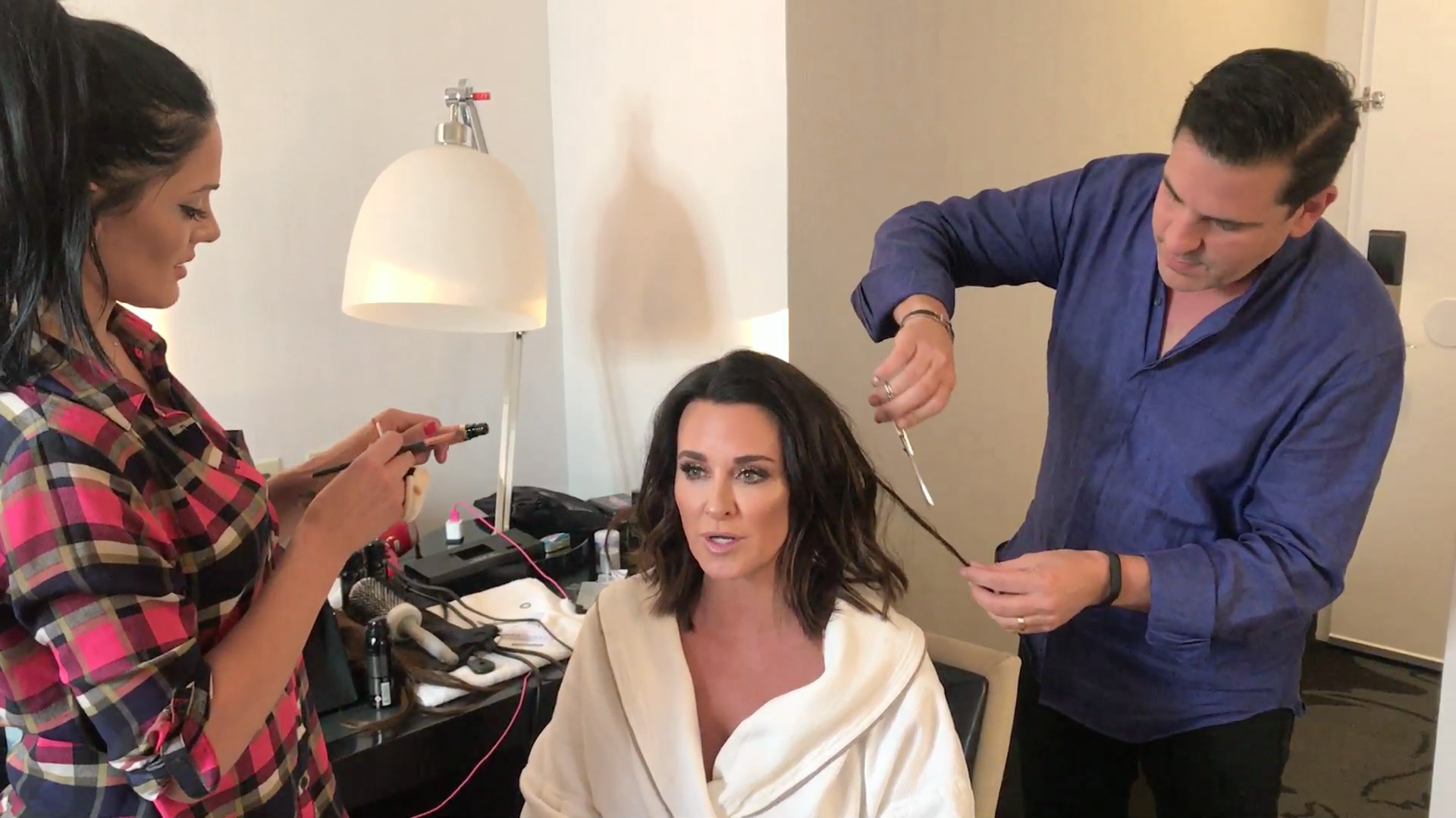 Real Housewives Kyle Richards Gets Shorter Lob Haircut Lookbook